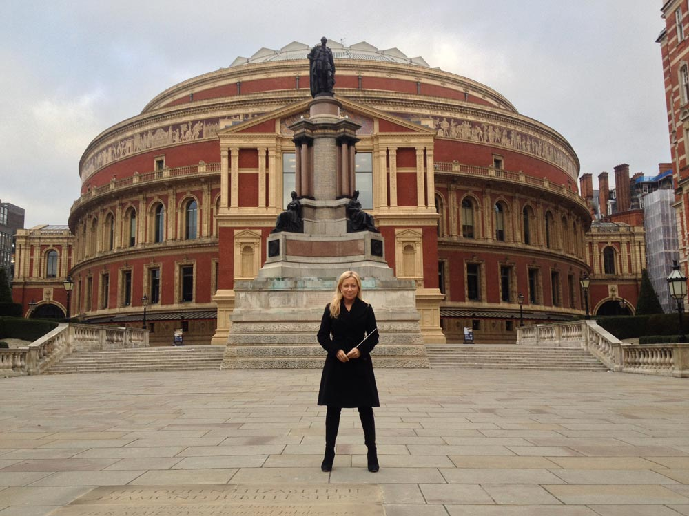 My messiah at the royal albert hall suzi digby for Door 12 royal albert hall